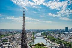 Paryski przegląd z wierzchu Notre Damae obrazy royalty free