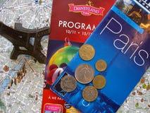 Paryski temat Francja symboli/lów układu płaski tło zdjęcia stock