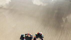 Pas plus de message en plastique sur la plage clips vidéos