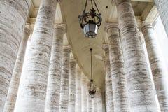 Pas ruchu Watykańskie kolumny Fotografia Stock