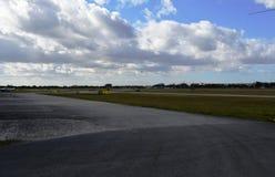 Pas startowy przy lotniskiem Obraz Royalty Free