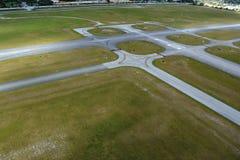 Pas startowy przy lotniskiem Obrazy Royalty Free