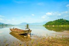Pasażerska łódź na jeziorze fotografia royalty free