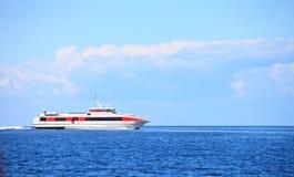 Pasażerski ferryboat w otwartym nawadnia w morzu bałtyckim Fotografia Stock