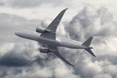 Pasażerski samolot na niebie fotografia stock