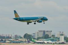 Pasażerski samolotowy latanie w niebie Obraz Stock