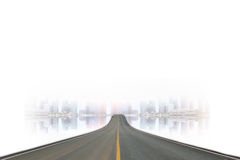 Pasa ruchu blacktop i miasto zdjęcia stock