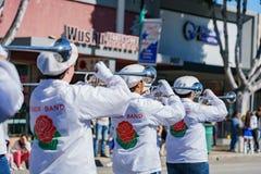 Pasadena-Stadt-College-Ehrenbandparade in Camellia Festival lizenzfreie stockfotografie