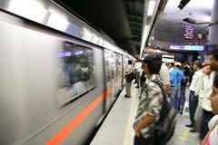 Pasajeros del metro de Delhi Foto de archivo libre de regalías