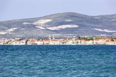Pasando por alto el mar adriático, cerca de fractura Fotografía de archivo