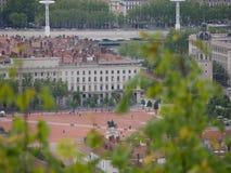 Pasando por alto en el lugar Bellecour, Lyon Francia foto de archivo libre de regalías