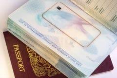 Pasaporte biométrico europeo - viaje internacional Imágenes de archivo libres de regalías
