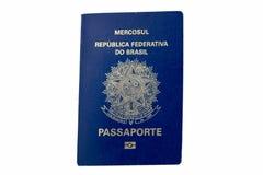 Pasaporte brasileño con biométrica aislado en blanco Fotos de archivo