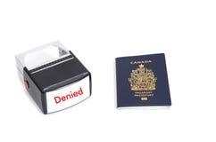 Pasaporte canadiense y sello negado Imágenes de archivo libres de regalías
