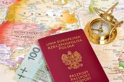 Pasaporte, compás y correspondencia Imagen de archivo
