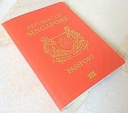 Pasaporte de Singapur Fotos de archivo libres de regalías