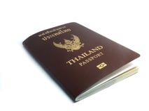 Pasaporte de Tailandia en el fondo blanco Foto de archivo libre de regalías