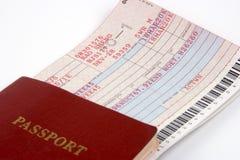 Pasaporte y boleto de línea aérea Fotografía de archivo