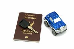 Pasaporte y coche de Tailandia Imágenes de archivo libres de regalías