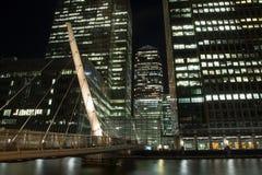 Pasarela del sur de Quay a Canary Wharf Fotografía de archivo