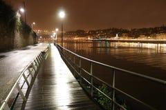 Pasarela sobre el río el Duero en Oporto - Portugal Fotografía de archivo libre de regalías