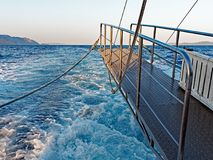 Pasarela, transbordador en el mar Fotografía de archivo libre de regalías