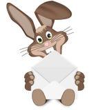 Pascua Bunny With Letter Foto de archivo libre de regalías