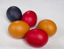 Pascua coloreó los huevos Foto de archivo libre de regalías