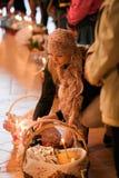 Pascua, feligreses de la iglesia ortodoxa. Imagen de archivo libre de regalías