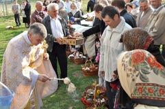 Pascua, feligreses de la iglesia ortodoxa Fotografía de archivo