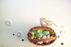 Pascua fijó con el pájaro de madera 12 Fotografía de archivo libre de regalías