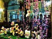 Pascua, flores y decoración espléndida imagen de archivo