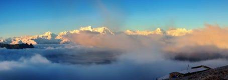 Pase por alto el snowberg de Gongga Fotografía de archivo libre de regalías