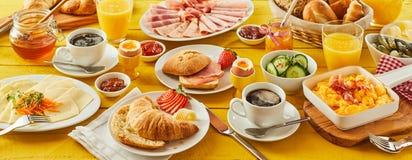 Pasen-de banner van het ontbijtpanorama Stock Foto