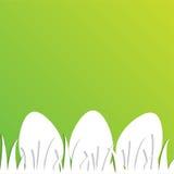 Pasen-groetkaart met document eieren op groene achtergrond Royalty-vrije Stock Foto