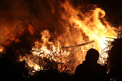 Pasen-vuur in Spreewald-Gebied, Lagere Lusatia, Duitsland Royalty-vrije Stock Afbeelding