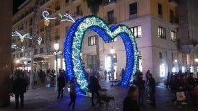 Paseo alrededor de las luces de Salerno metrajes
