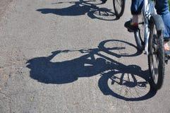 Paseo de la bicicleta Fotos de archivo libres de regalías