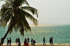 Paseo de la gente en Imagen de archivo libre de regalías