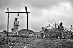 Paseo de la gente en fango Imagen de archivo libre de regalías