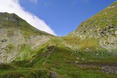 Paseo de la montaña Imagen de archivo libre de regalías