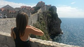Paseo de la pared de Dubrovnik Imagenes de archivo