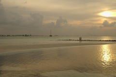 Paseo de la puesta del sol Fotos de archivo libres de regalías
