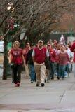 Paseo de los fans de Alabama hacia el partido decisivo del SEC de Georgia Dome For Foto de archivo libre de regalías