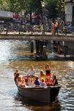 Paseo del barco en un canal Foto de archivo libre de regalías