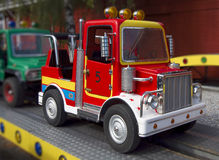 Paseo del coche de la diversión de los niños Fotografía de archivo libre de regalías