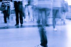 Paseo del pasajero de la falta de definición en el subterráneo Fotografía de archivo libre de regalías