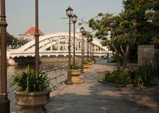 Paseo del río en Singapur Foto de archivo