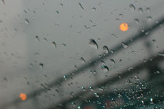 Paseo lluvioso fotografía de archivo