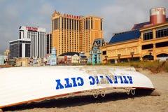 Paseo marítimo y casinos de la playa de Atlantic City Imágenes de archivo libres de regalías